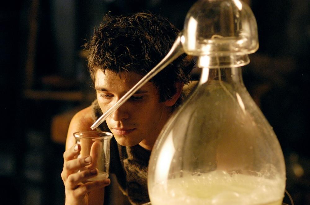 смотреть онлайн фильм в хорошем качестве парфюмер