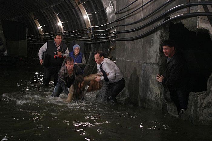 фильм смотреть метро: