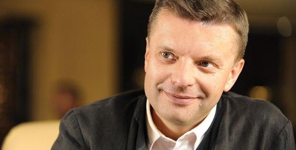 Леонид Парфенов стал ведущим развлекательной передачи