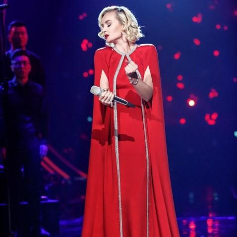 Популярная русская эстрадная певица одолела вкитайском аналоге шоу «Голос»