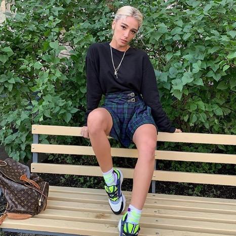 Мать Насти Ивлеевой оботношениях дочери сЭлджеем: Свадьбы небыло